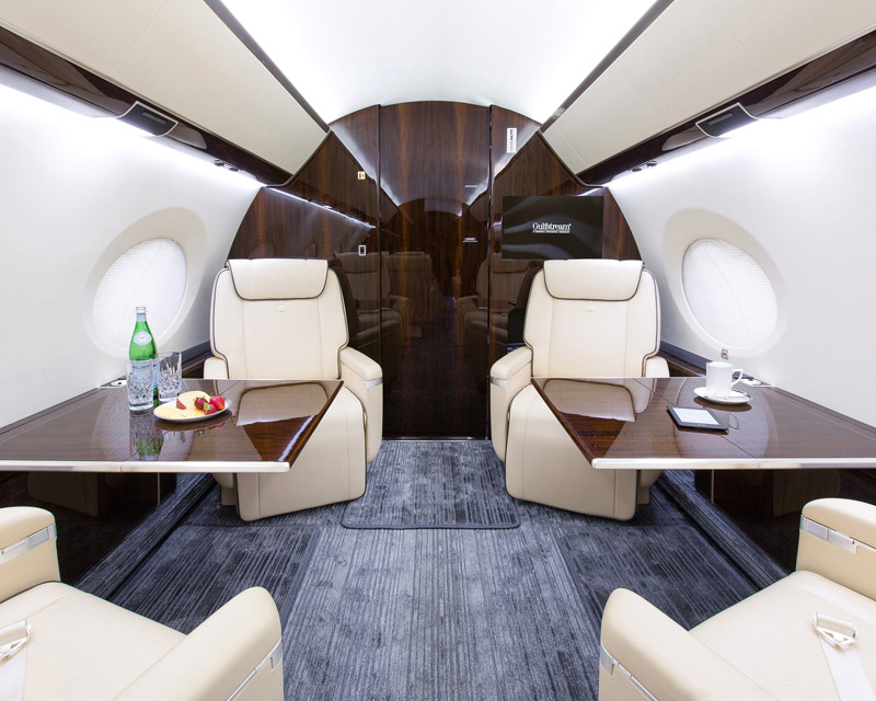 Exxon to Wal-Mart Flying G650 Turn Jet Into Status Symbol - Emerald Aviation